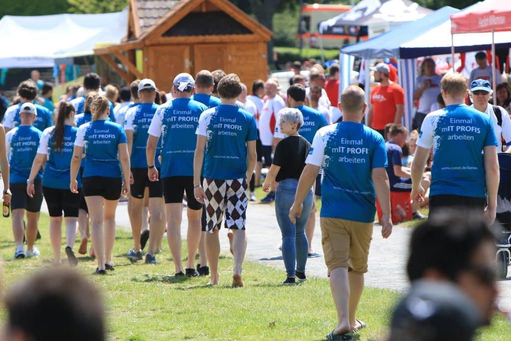 CONET beim Drachenboot-Festival auf dem Fühlinger See in Köln - Aufmarsch der Gladiolen - oh - Gladiatoren!