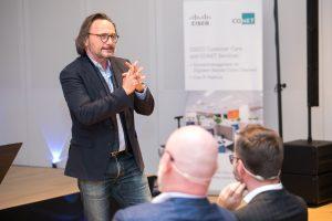 Peter Brandl bei seinem Vortrag auf der CXdigital - Quelle: (c) callcenterforum.at